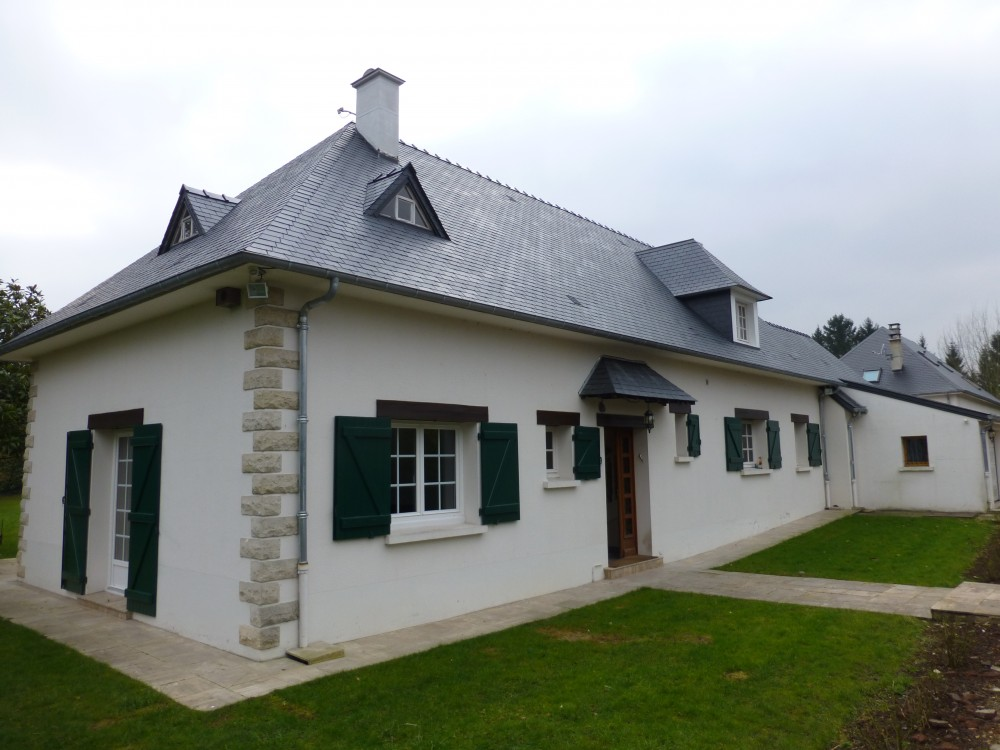 Couvreur Soissons : toiture ardoises ermenonville