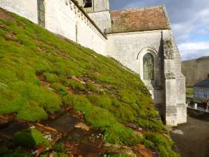 bas coté sud église de Lhuys